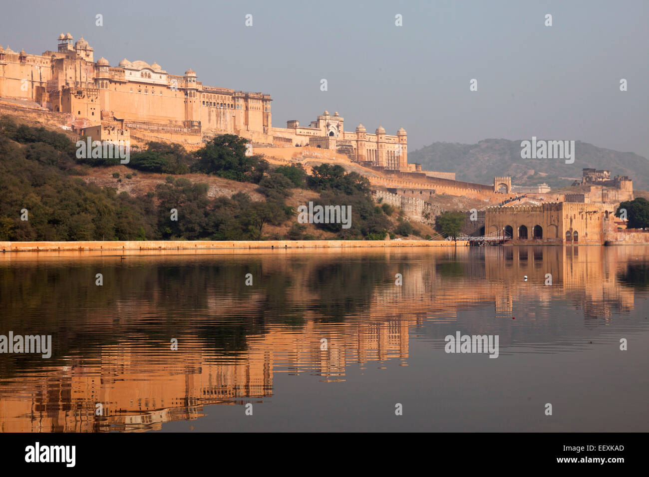 Fort Amber et lac Faleolo, Jaipur, Rajasthan, Inde Photo Stock