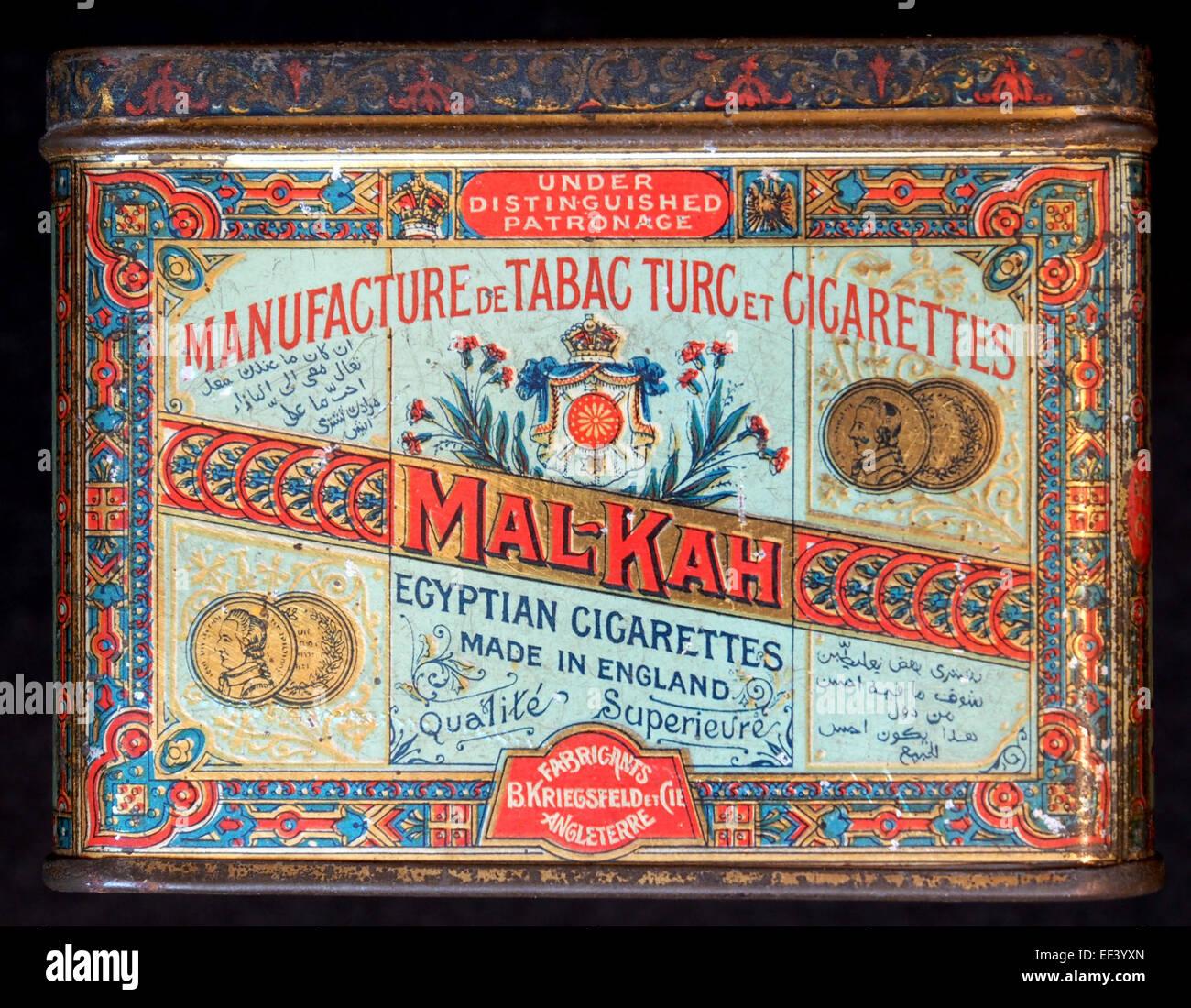 Mal-Kah sigarettes tin Photo Stock
