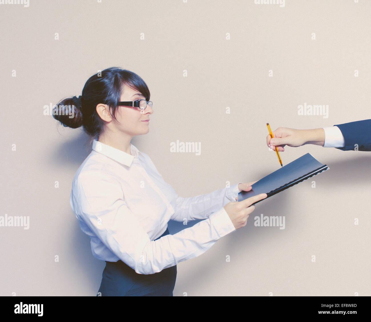 Boss signature document pour secrétaire Photo Stock
