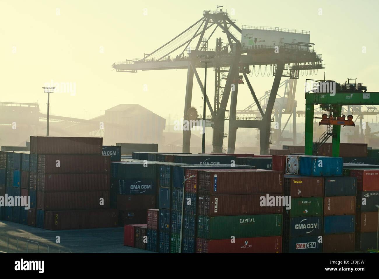 Casablanca les chantiers navals de l'aube avec teinte jaune Photo Stock