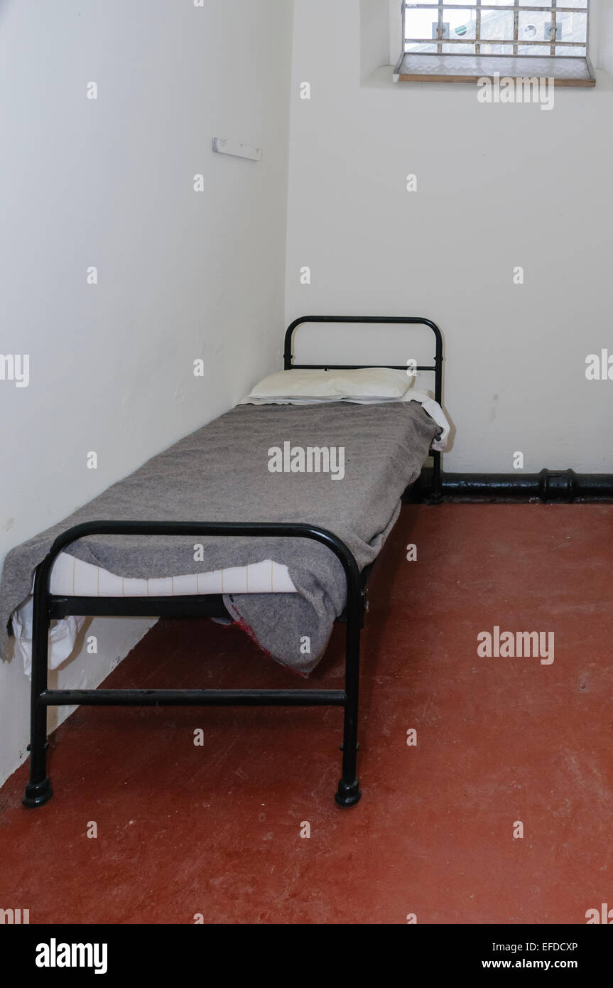 Steel Bed Photos Steel Bed Images Alamy