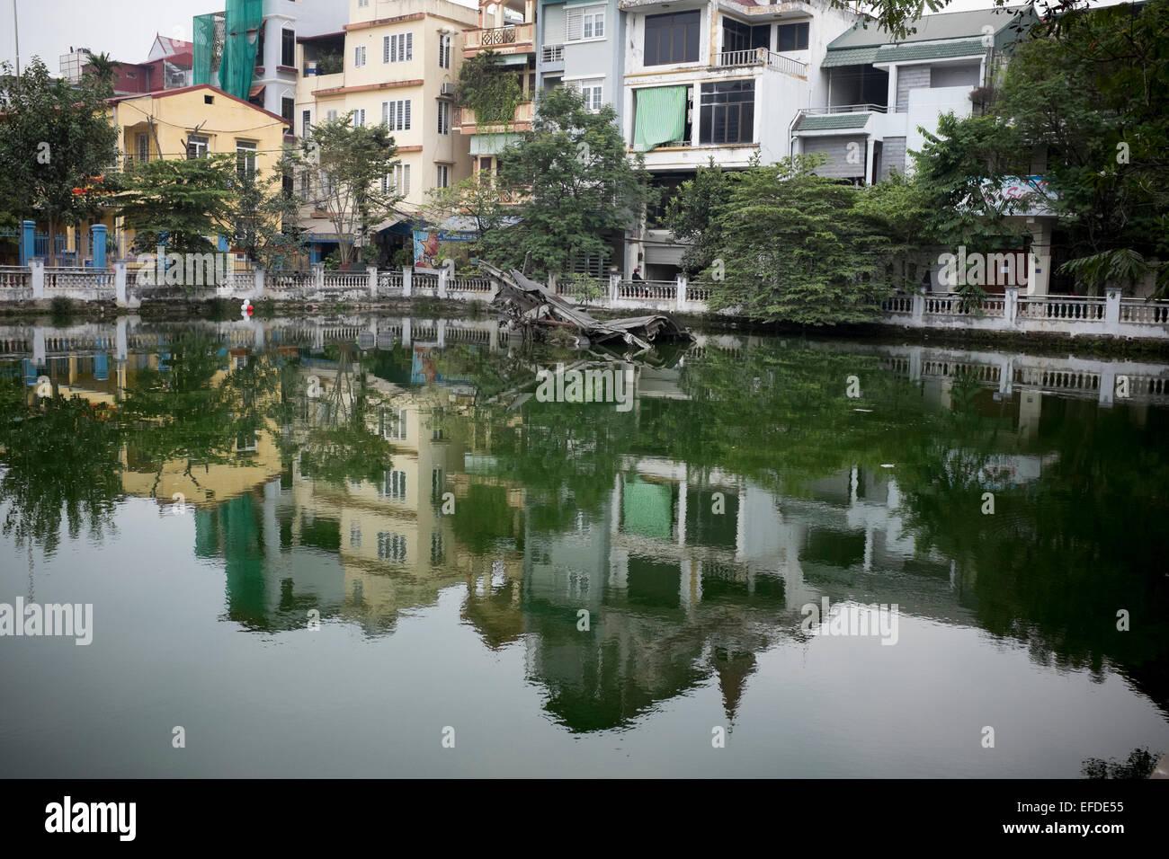 Vestiges de B52 Bomber Huu Tiep ou dans la B52 Lac à Hanoi Vietnam Banque D'Images