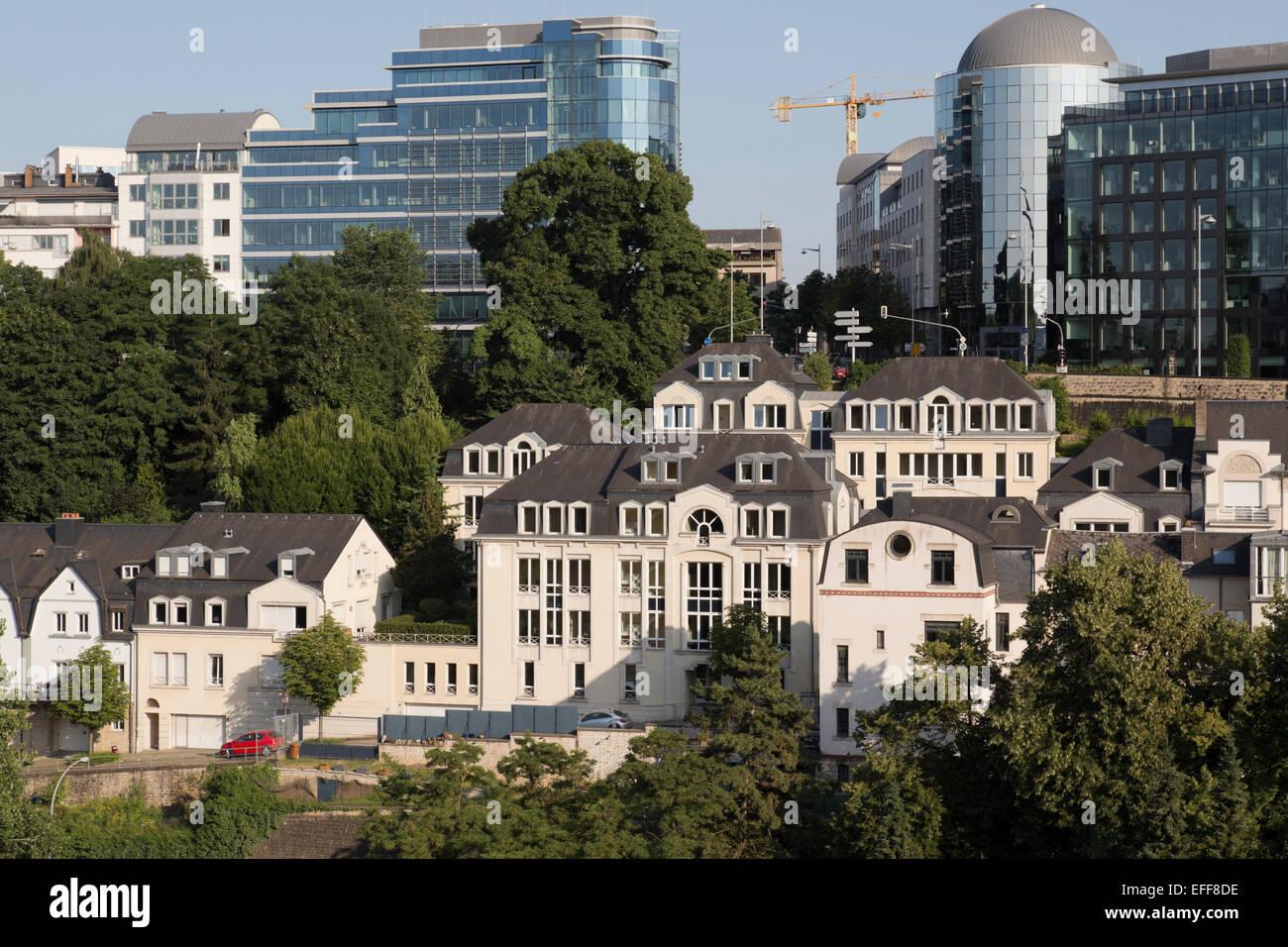 Luxembourg les vieux b timents et les blocs de bureau moderne