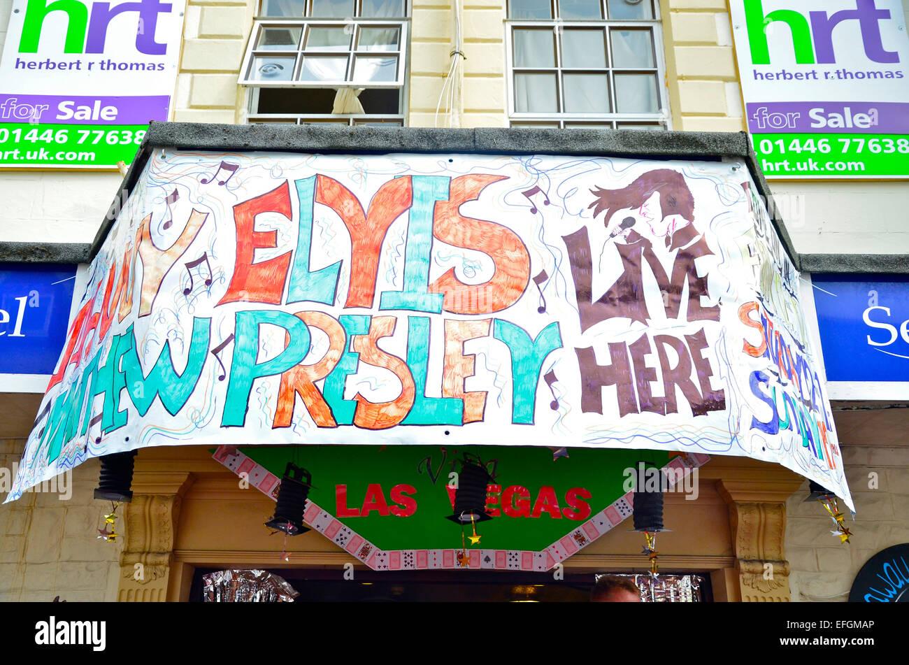 Affiche annonçant le Festival Elvis (l'Elvies), dans un bar de Porthcawl, South Wales, UK Photo Stock