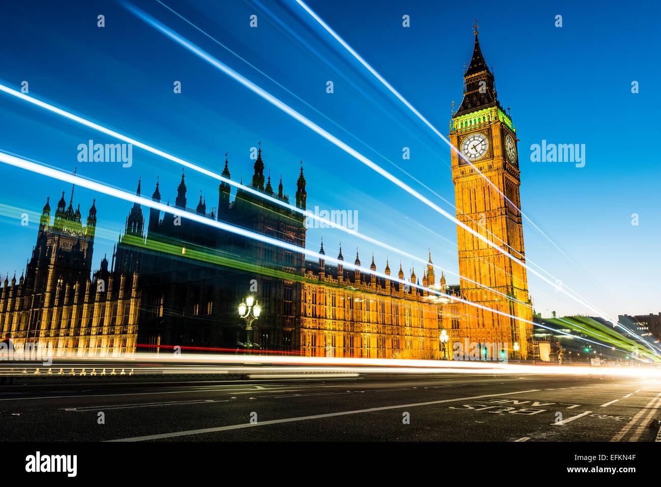 Big Ben est le surnom de la Grande Cloche de l'horloge aussi connu sous le nom de Tour de l'horloge et Elizabeth Photo Stock
