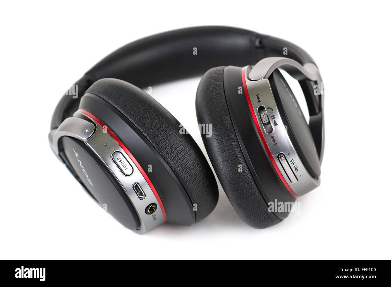 Casque sans fil Bluetooth, le casque avec microphone pour répondre aux appels téléphoniques Photo Stock