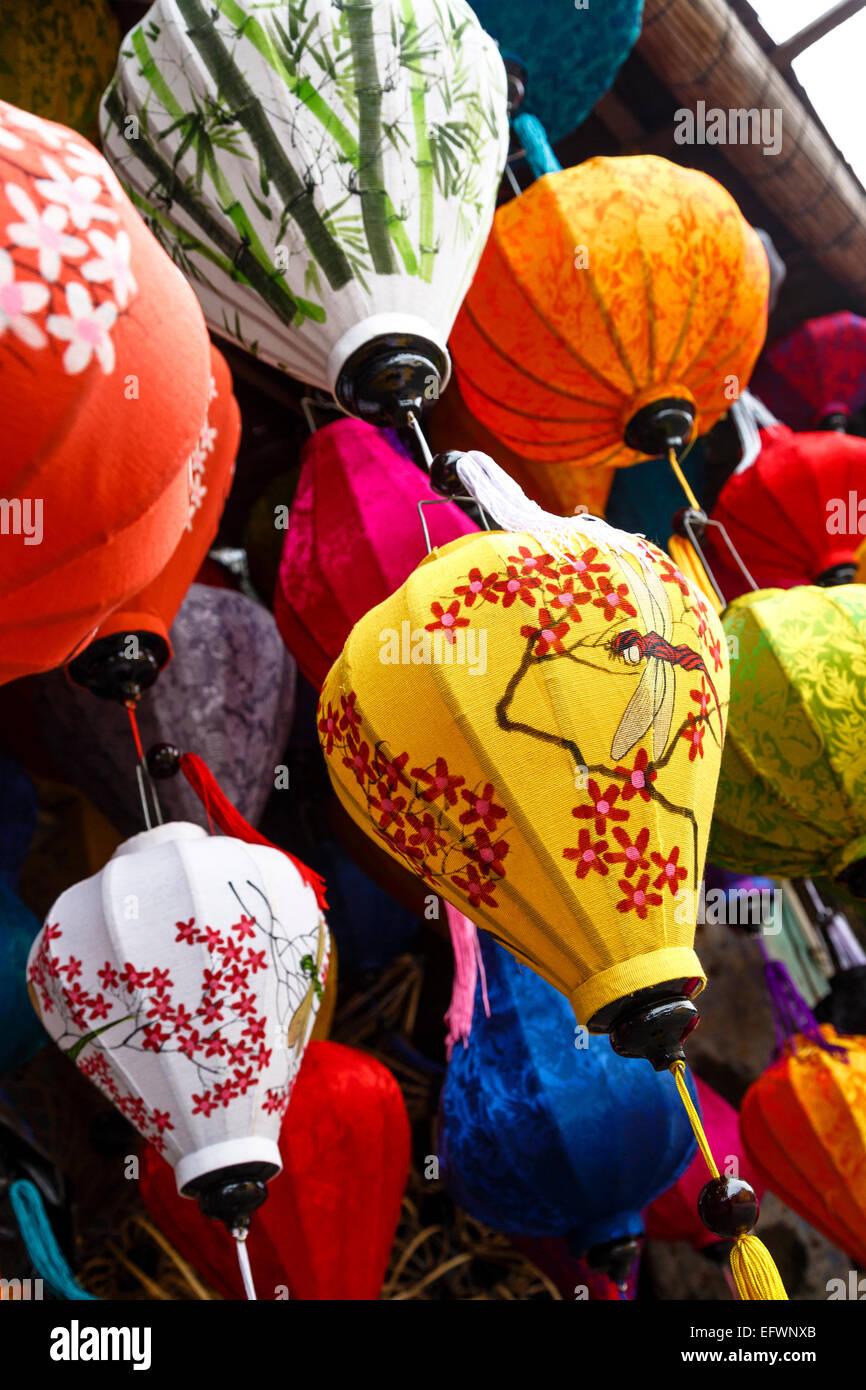 Lanternes de soie traditionnelle, Hoi An, Vietnam. Banque D'Images