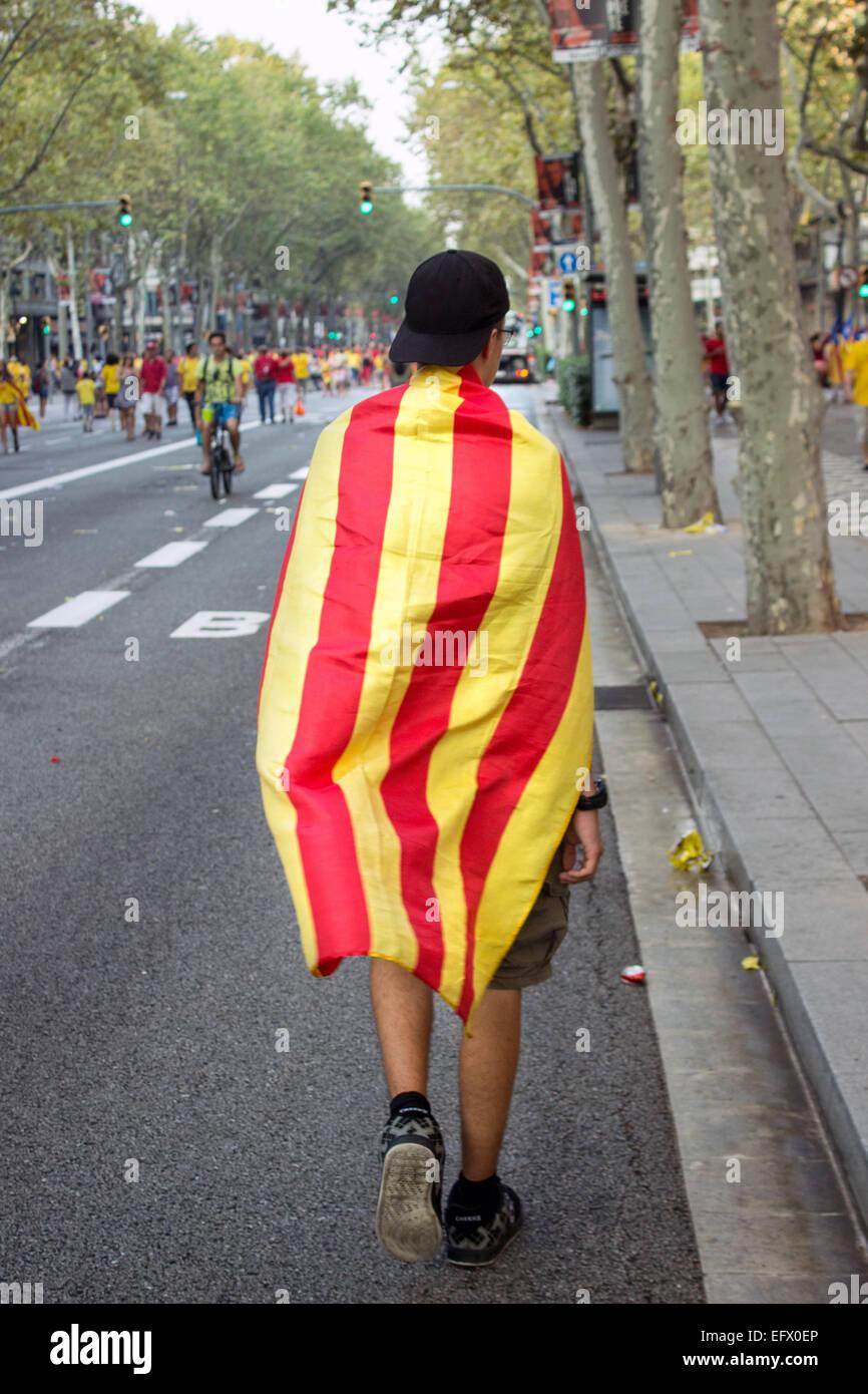 Barcelone, Espagne - SEPT. 11: Les gens célébrant l'indépendance sur la rue de Barcelone Photo Stock