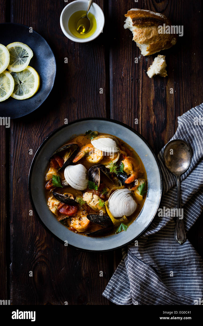 Cioppino ragoût de poisson, originaire de San Francisco Photo Stock