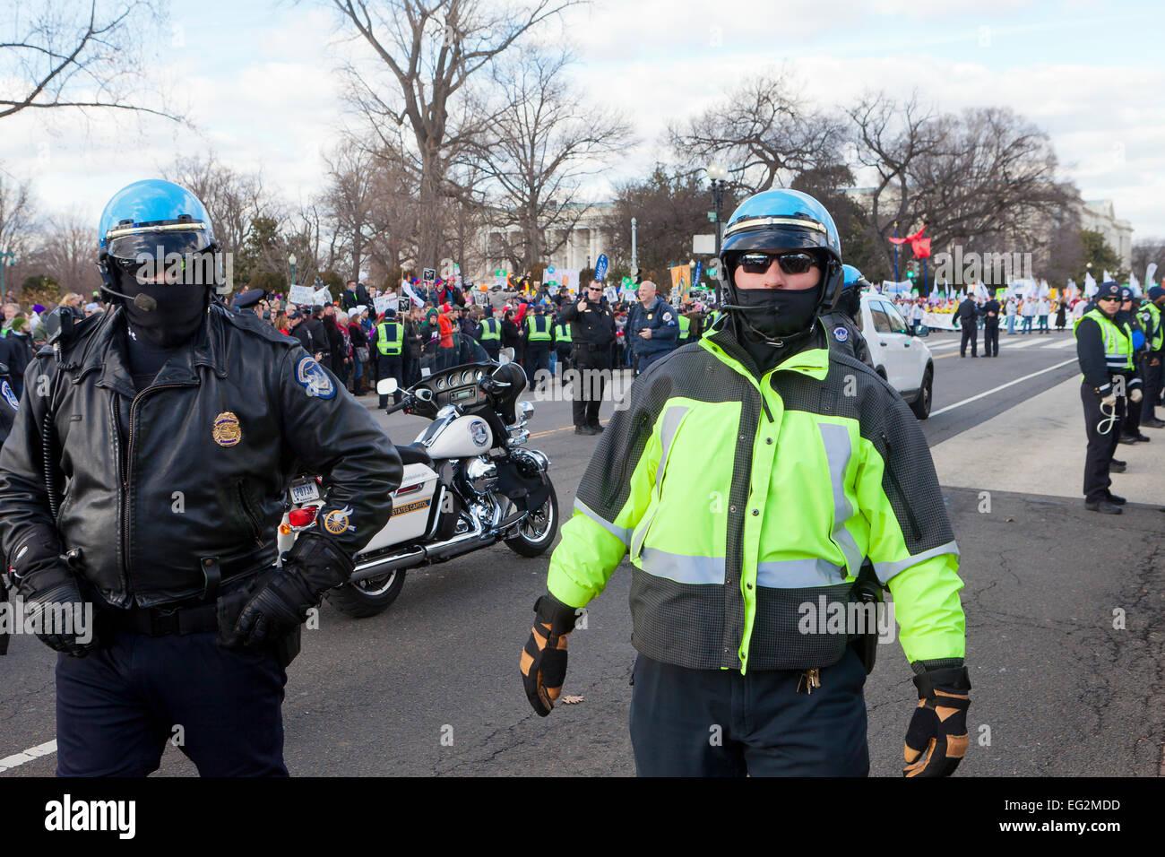 Blocus de la police lors d'une manifestation publique - Washington, DC USA Photo Stock