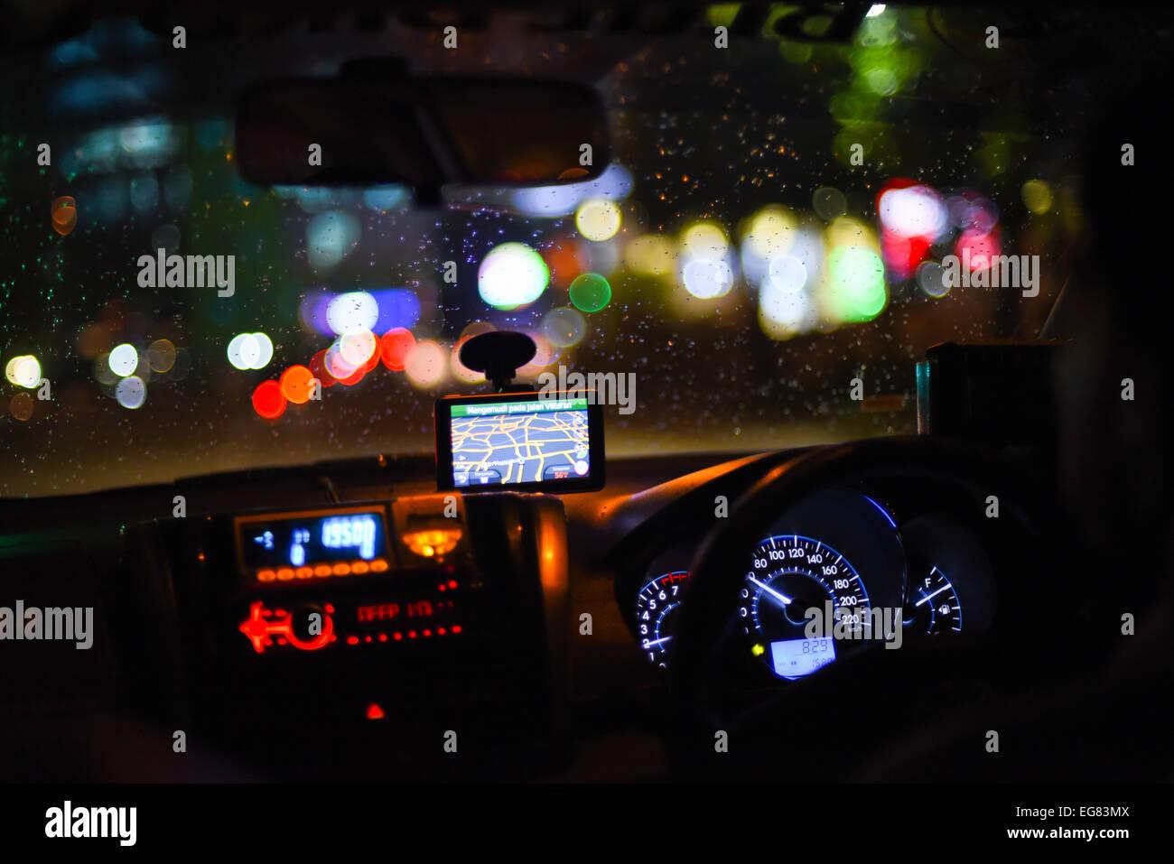 Taxi avec un GPS à Jakarta, Indonésie. Photo Stock