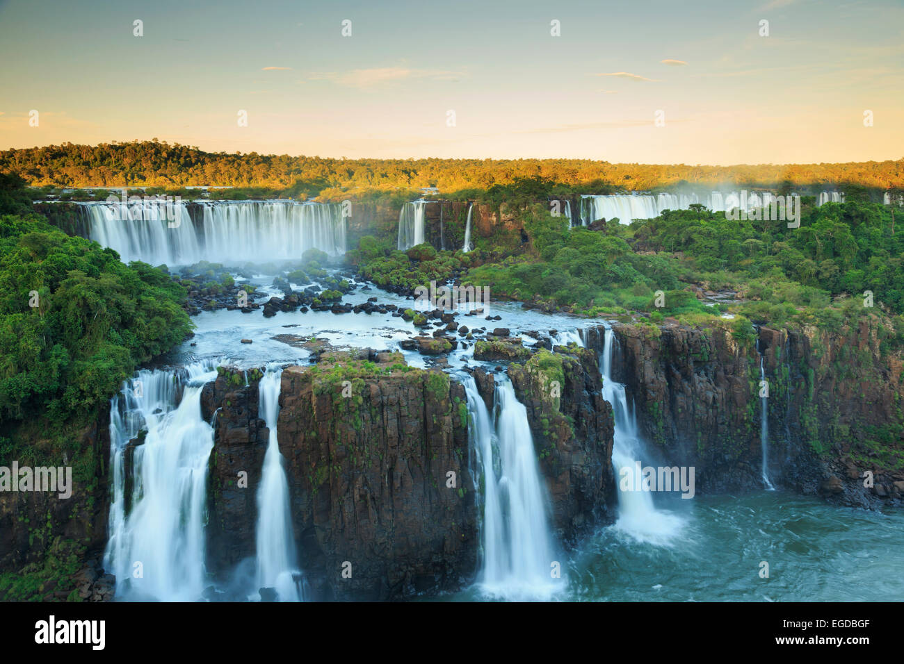 Le Brésil, l'État de Parana, Iguassu Falls National Park (Cataratas do Iguaçu) (UNESCO Site) Photo Stock