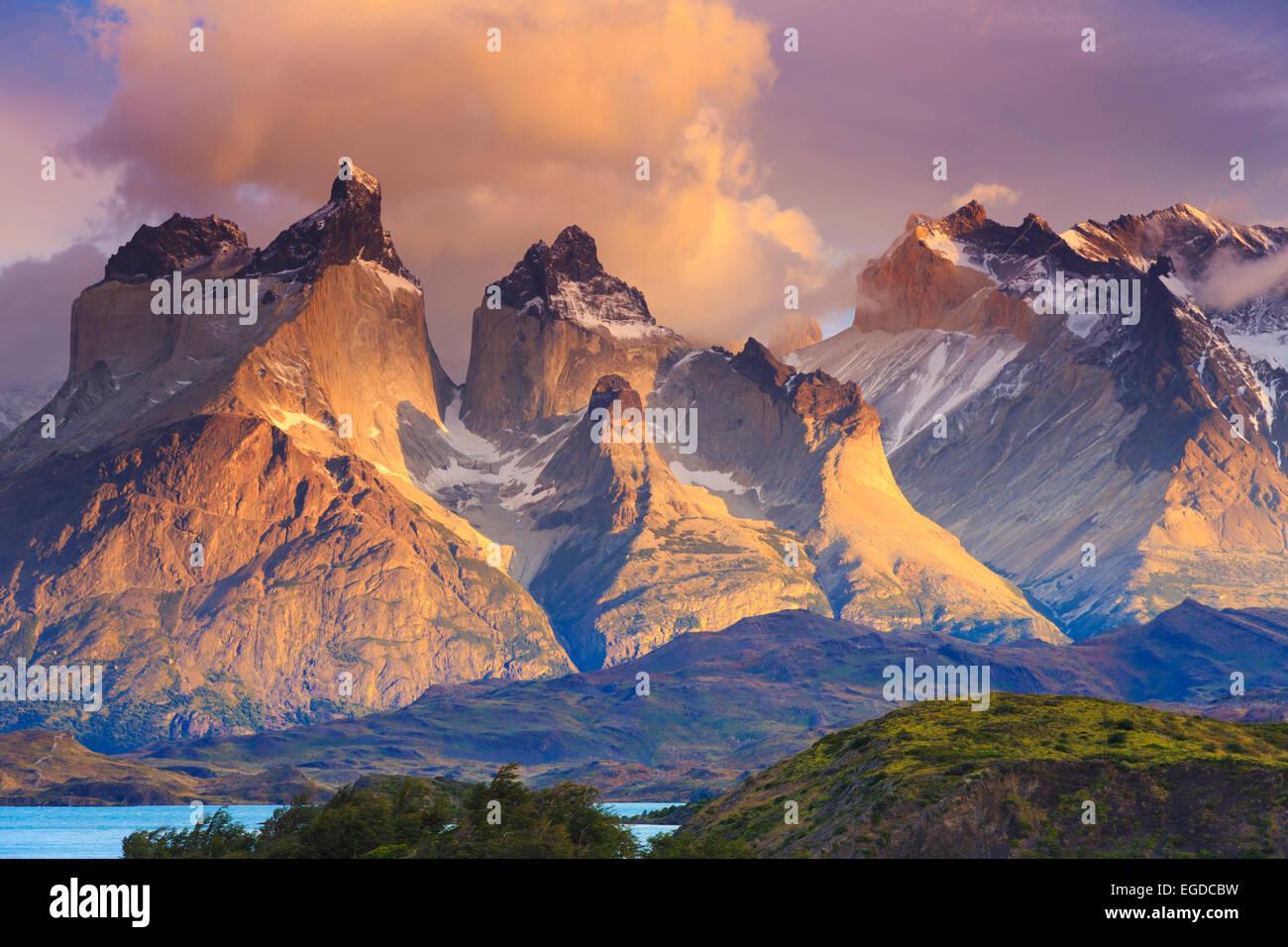 Le Chili, la Patagonie, le Parc National Torres del Paine (UNESCO Site), le lac de Peohe Photo Stock