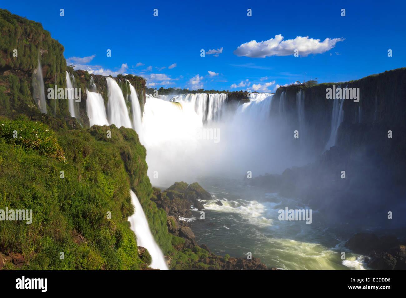 Le Brésil, l'État de Parana, Iguassu Falls National Park (Cataratas do Iguaçu) (UNESCO Site), de la Gorge du Diable Banque D'Images