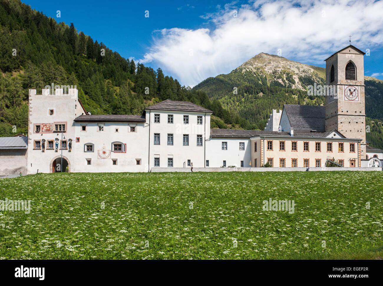 Abbaye bénédictine de Saint Jean, 8e siècle, UNESCO World Heritage Site, Müstair, Grisons, Suisse Photo Stock