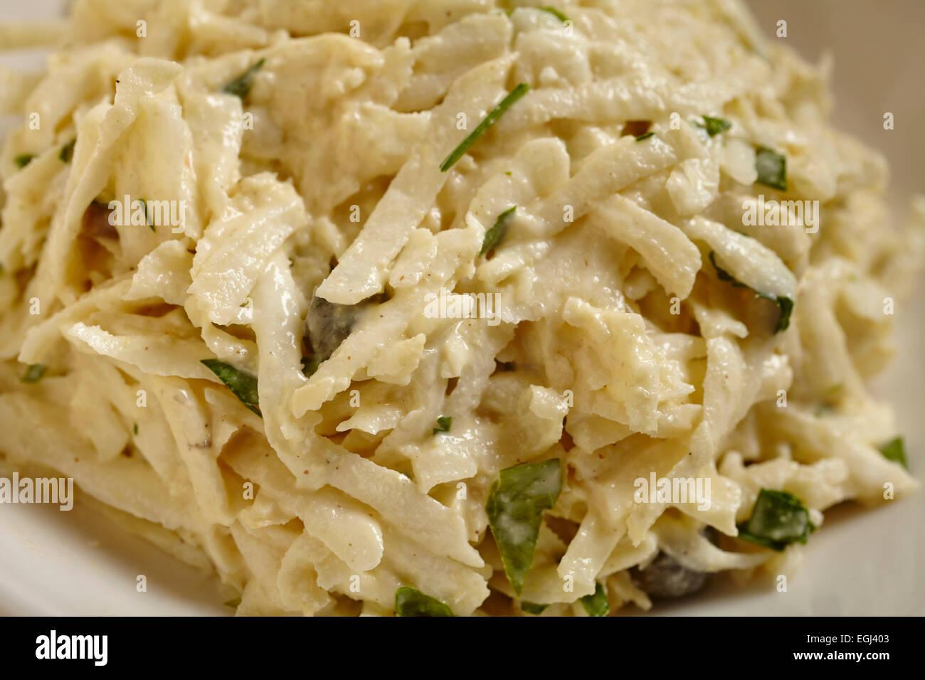 Salade de céleri français - céleri-rave rémoulade Banque D'Images
