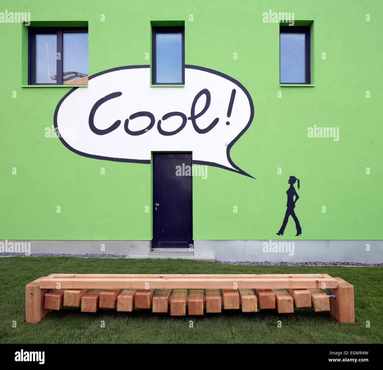 BIQ immeuble résidentiel avec façade de la photosynthèse pour la production de l'énergie, Photo Stock