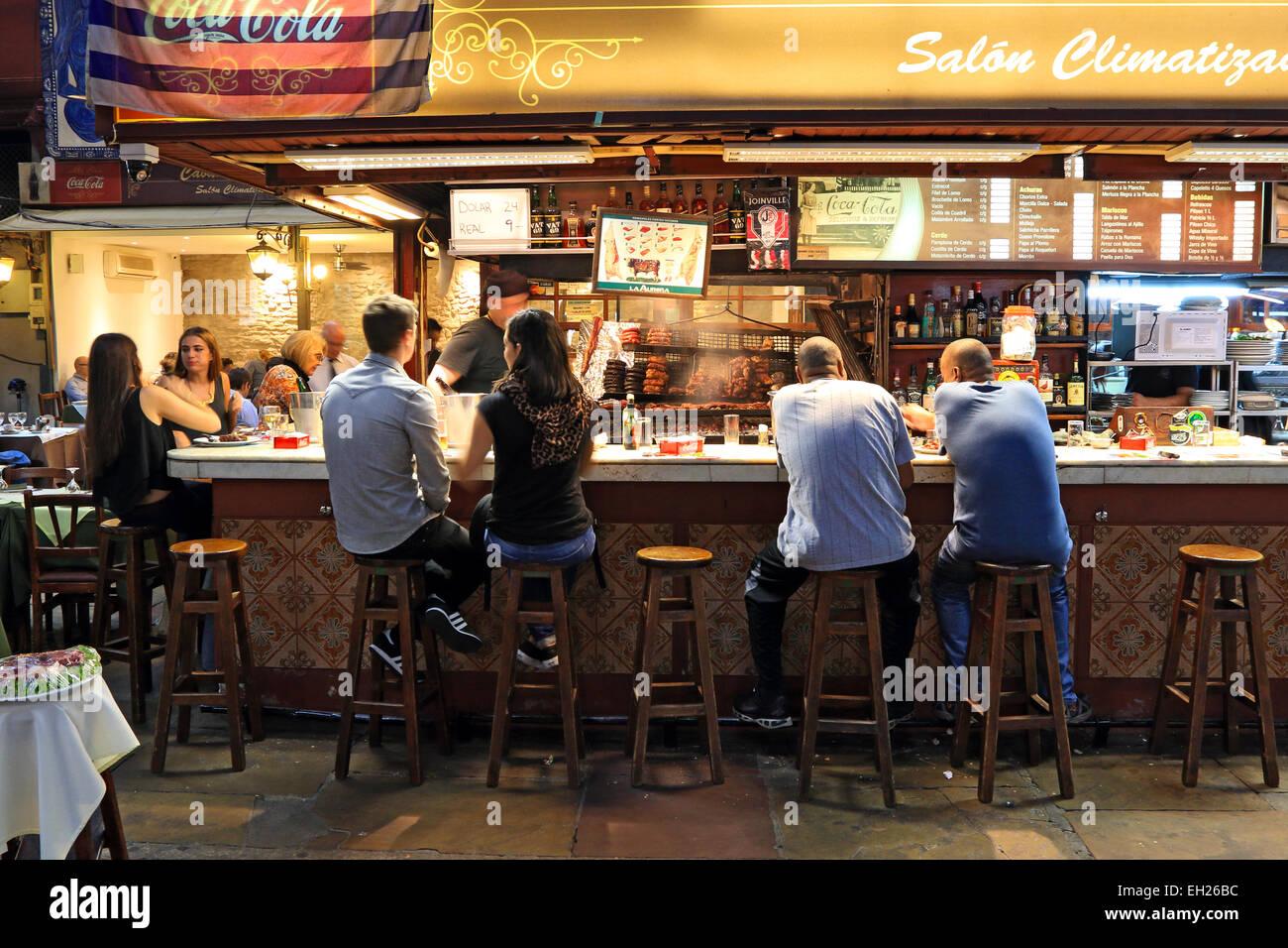 Montevideo, Uruguay, le Port de la vieille ville marché. Photo Stock