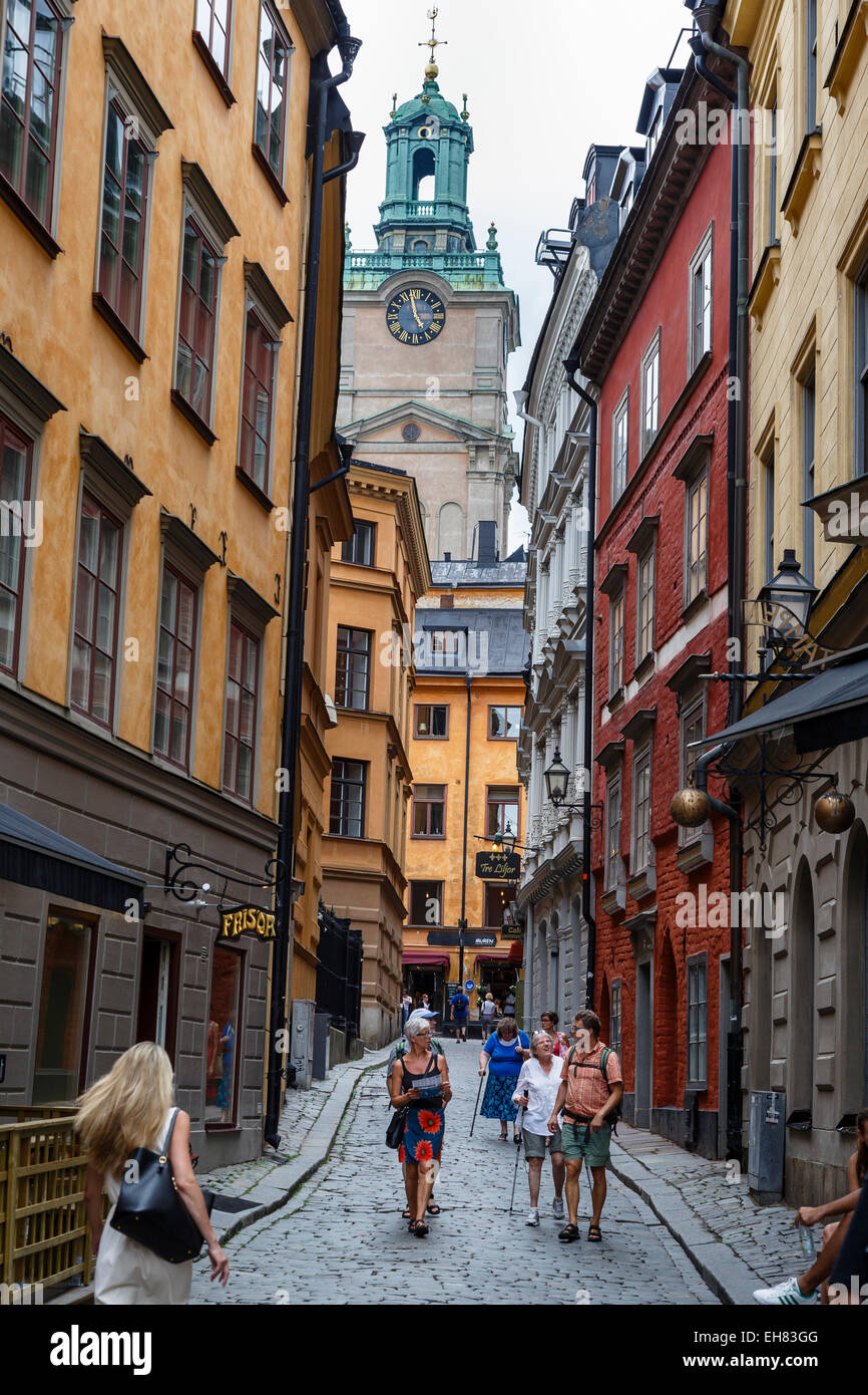 Scène de rue à Gamla Stan, Stockholm, Suède, Scandinavie, Europe Photo Stock