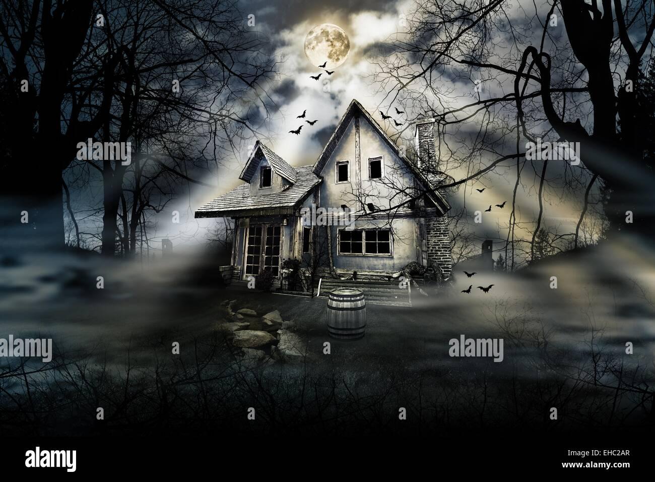 maison hant e avec atmosph re sombre horreur effrayant banque d 39 images photo stock 79555919. Black Bedroom Furniture Sets. Home Design Ideas