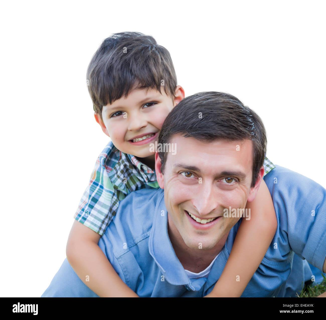 Heureux père et fils jouant Piggyback isolé sur blanc. Photo Stock