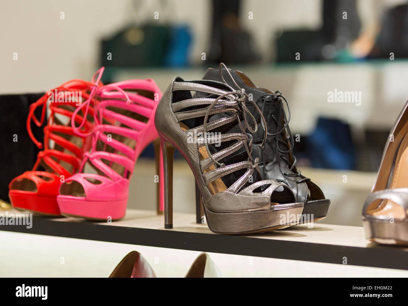 Accessoires Boutique De ChaussuresSacs La Et Mode Pour Femmes vmNw8n0