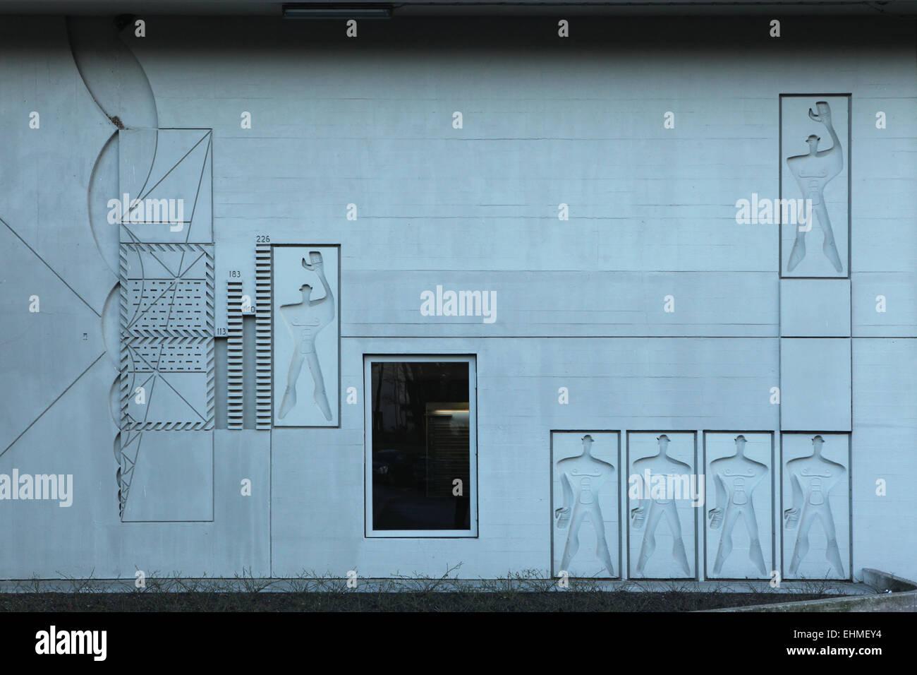 modulor représenté sur le moderniste immeuble d'unité d'habitation