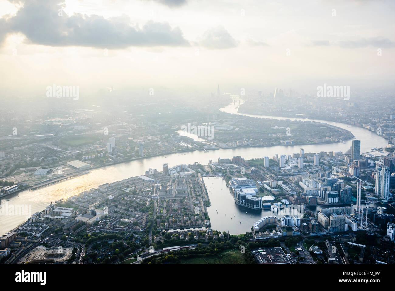 Vue aérienne de la ville de Londres et rivière, Angleterre Photo Stock