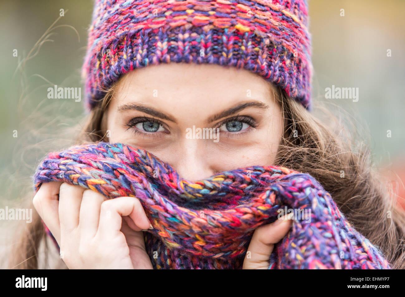 Portrait de femme en hiver. Photo Stock