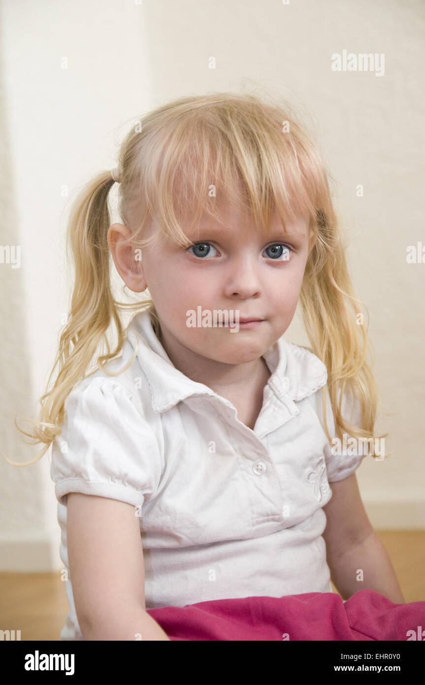 Fille de mauvaise humeur Photo Stock