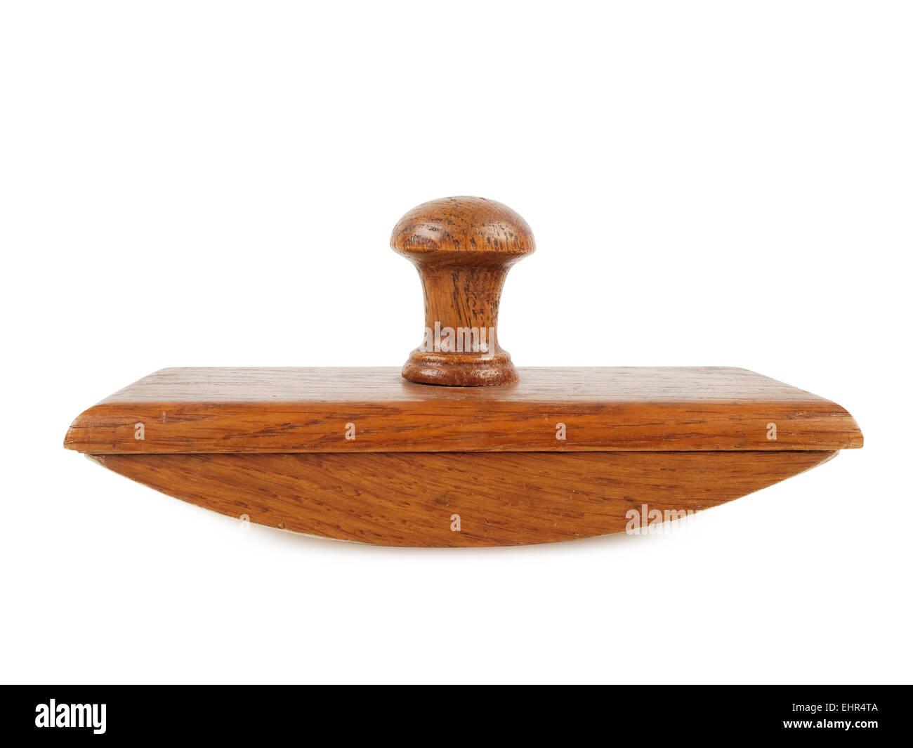 Bureau en bois sous main d encre isolated on white background