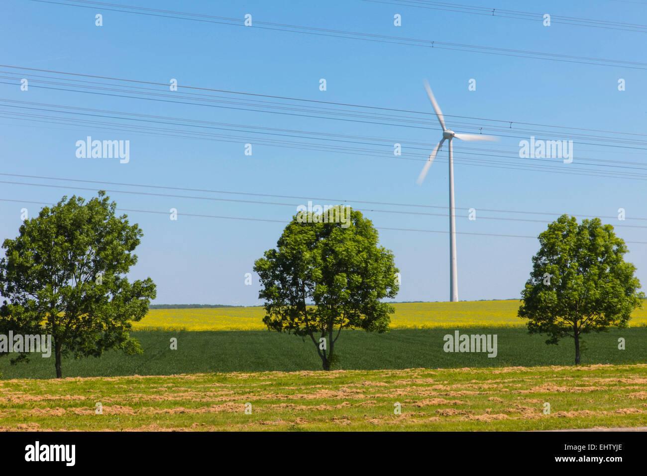 ILLUSTRATION DE BOUILLOIRE ET DE L'ÉNERGIE ÉOLIENNE, (80) SOMME, Picardie, France Photo Stock