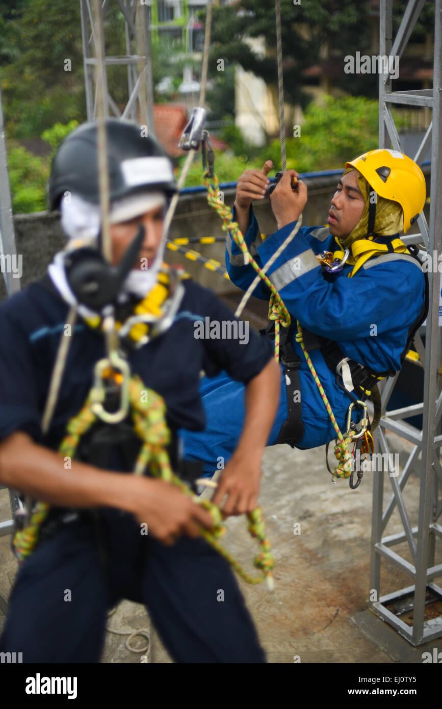 Formation accès sur corde à Jakarta. Photo Stock