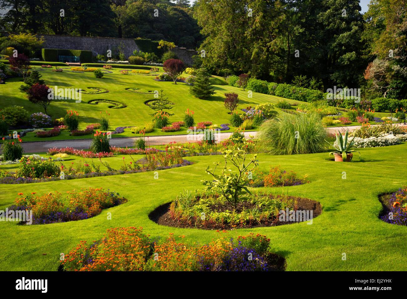 Jardin clos à l'abbaye de Kylemore. La région du Connemara, Irlande Photo Stock