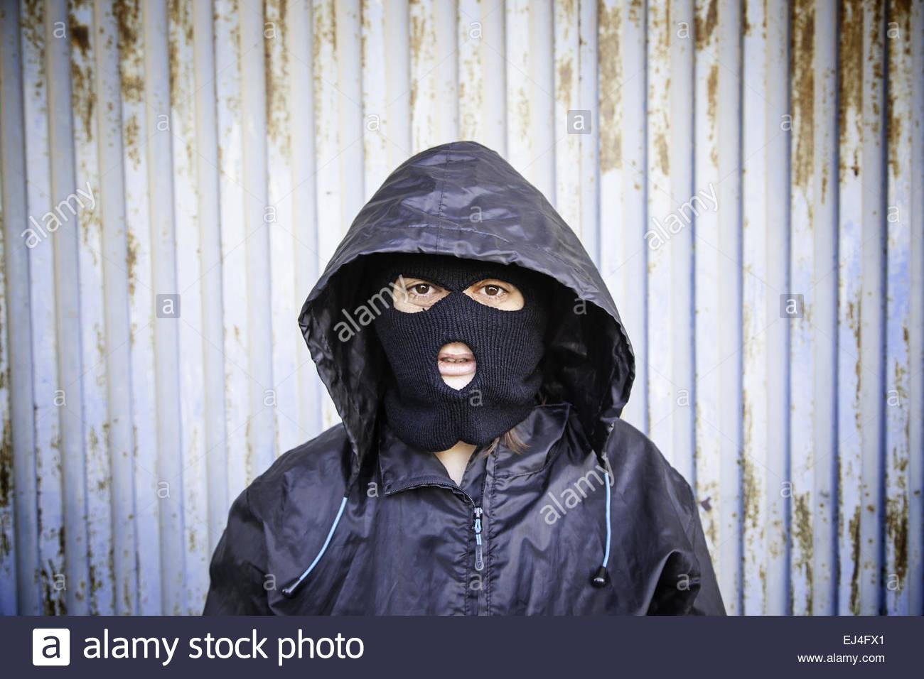 Masques de ski femme avec capuche et masque violents Photo Stock