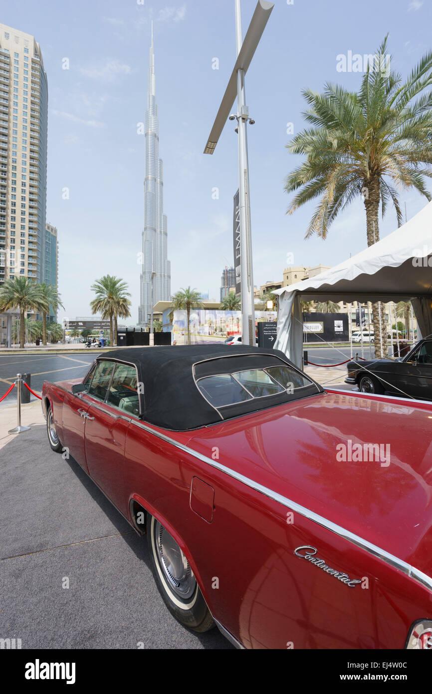 Vintage car sur l'affichage à l'Unis Voiture Classique Festival Mars 2015 au centre-ville de Dubaï Photo Stock