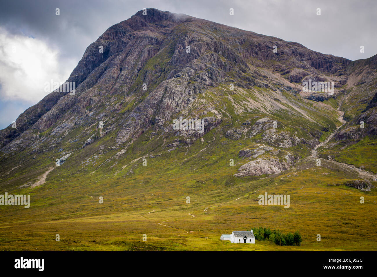 Petit solitaire accueil dans les highlands écossais près de Glencoe, Ecosse, Royaume-Uni Photo Stock