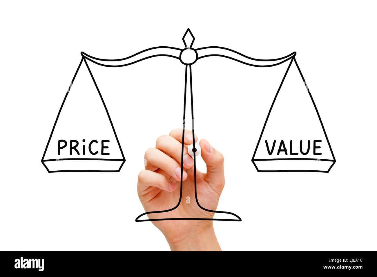Dessin la main prix valeur balance concept avec marqueur noir sur transparent conseil essuyer - Dessin de balance ...