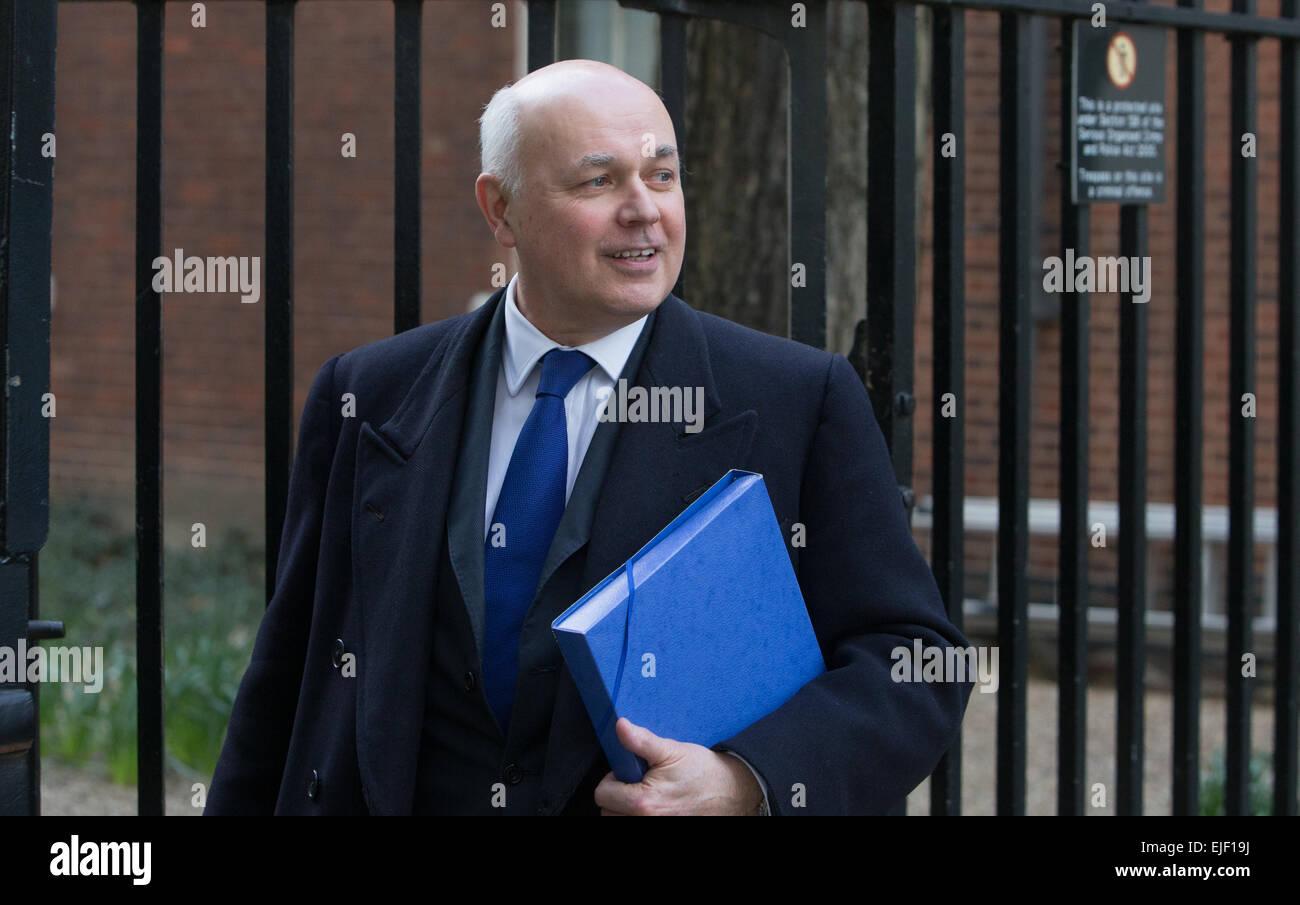 Iain Duncan Smith, Secrétaire d'état du travail et des pensions, à Downing Street Banque D'Images