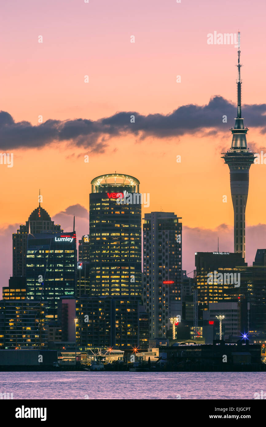 Auckland by night de Devonport. Photo Stock