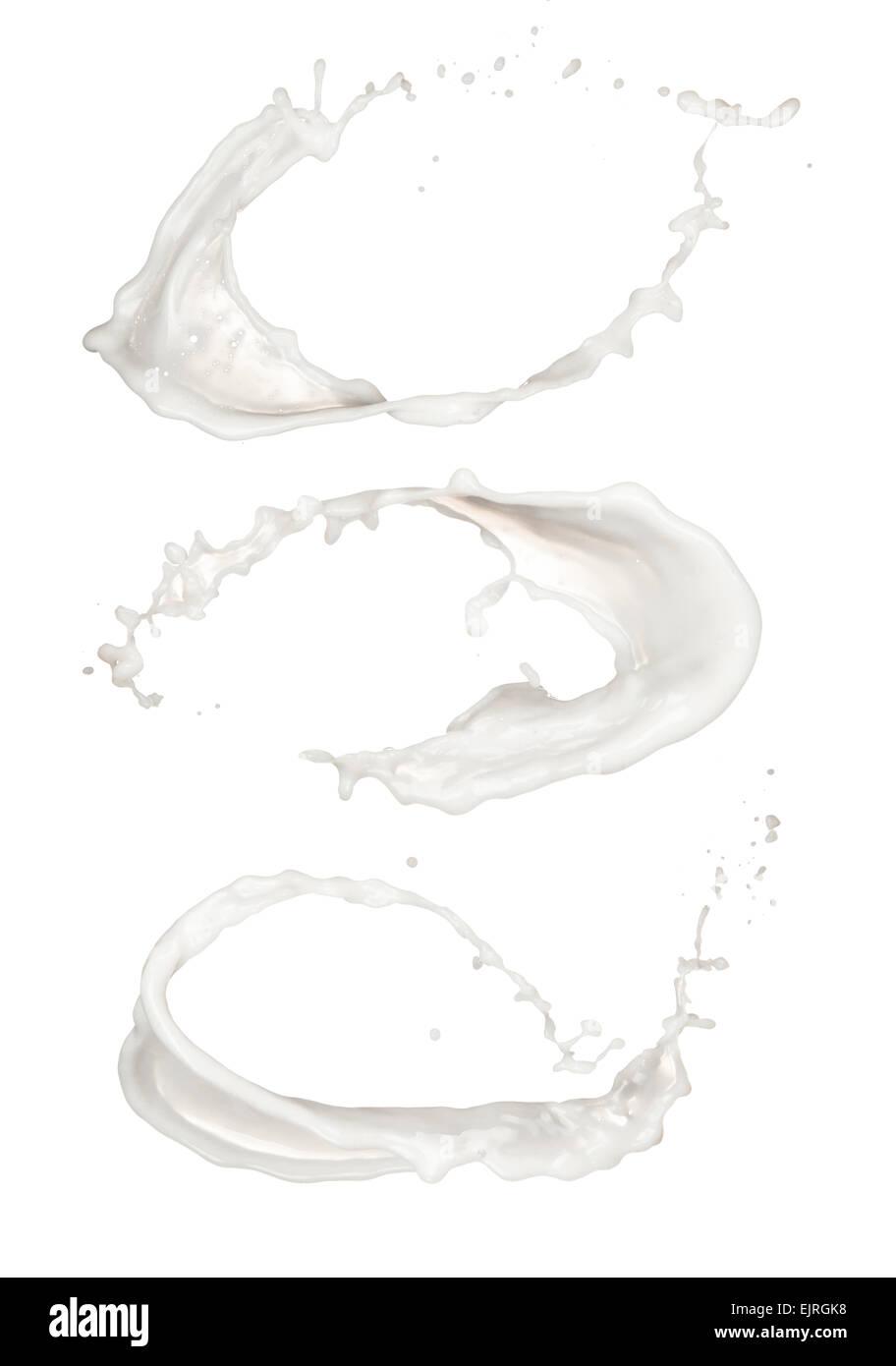 Photos de studio des éclaboussures de lait isolé sur fond blanc Photo Stock