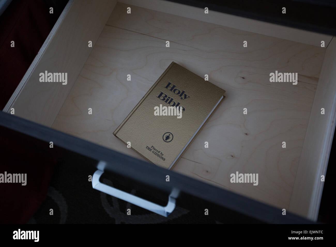 Sainte bible tiroir intérieur Photo Stock