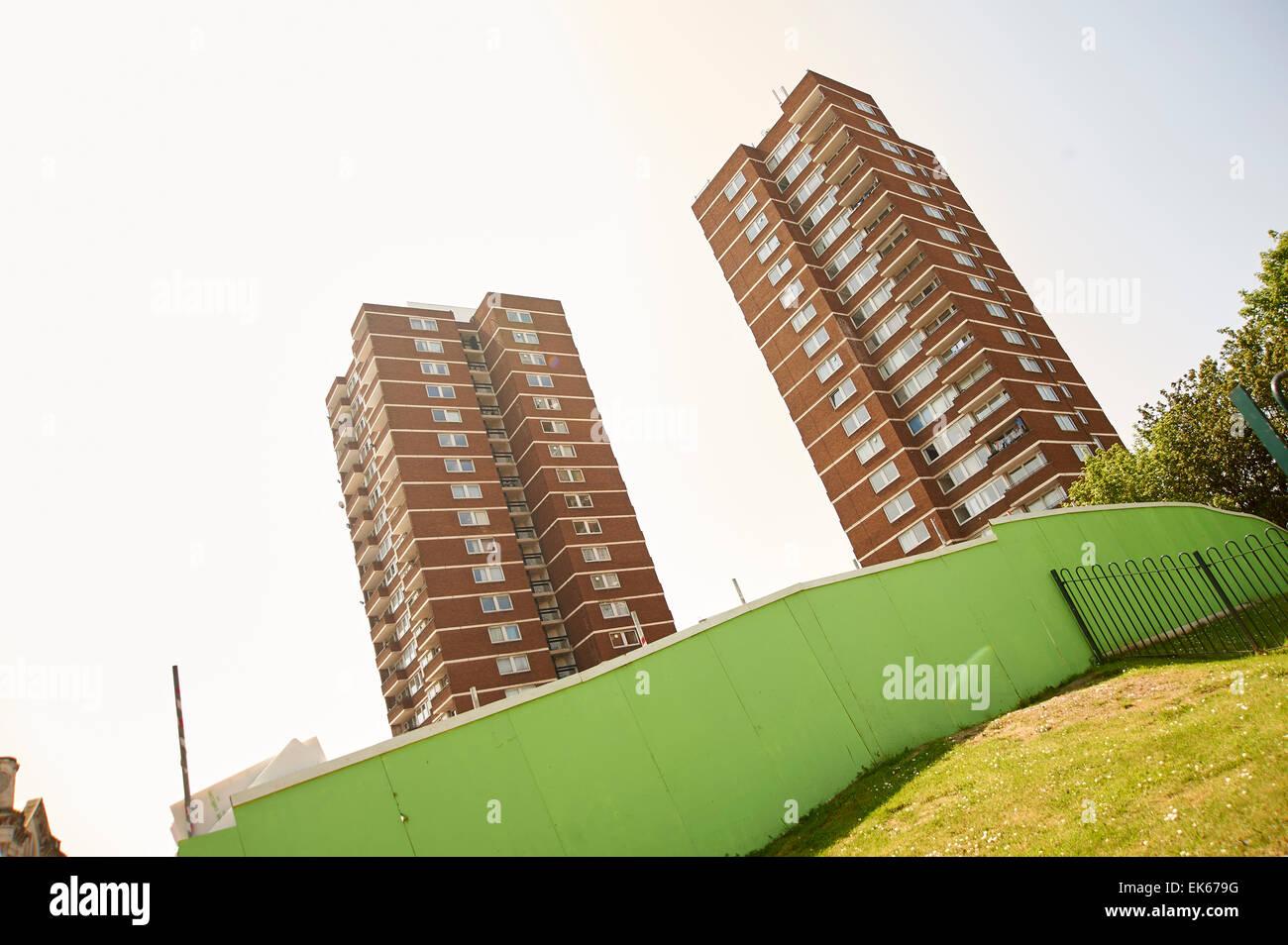 Deux blocs de la tour du conseil à Londres, Angleterre Banque D'Images