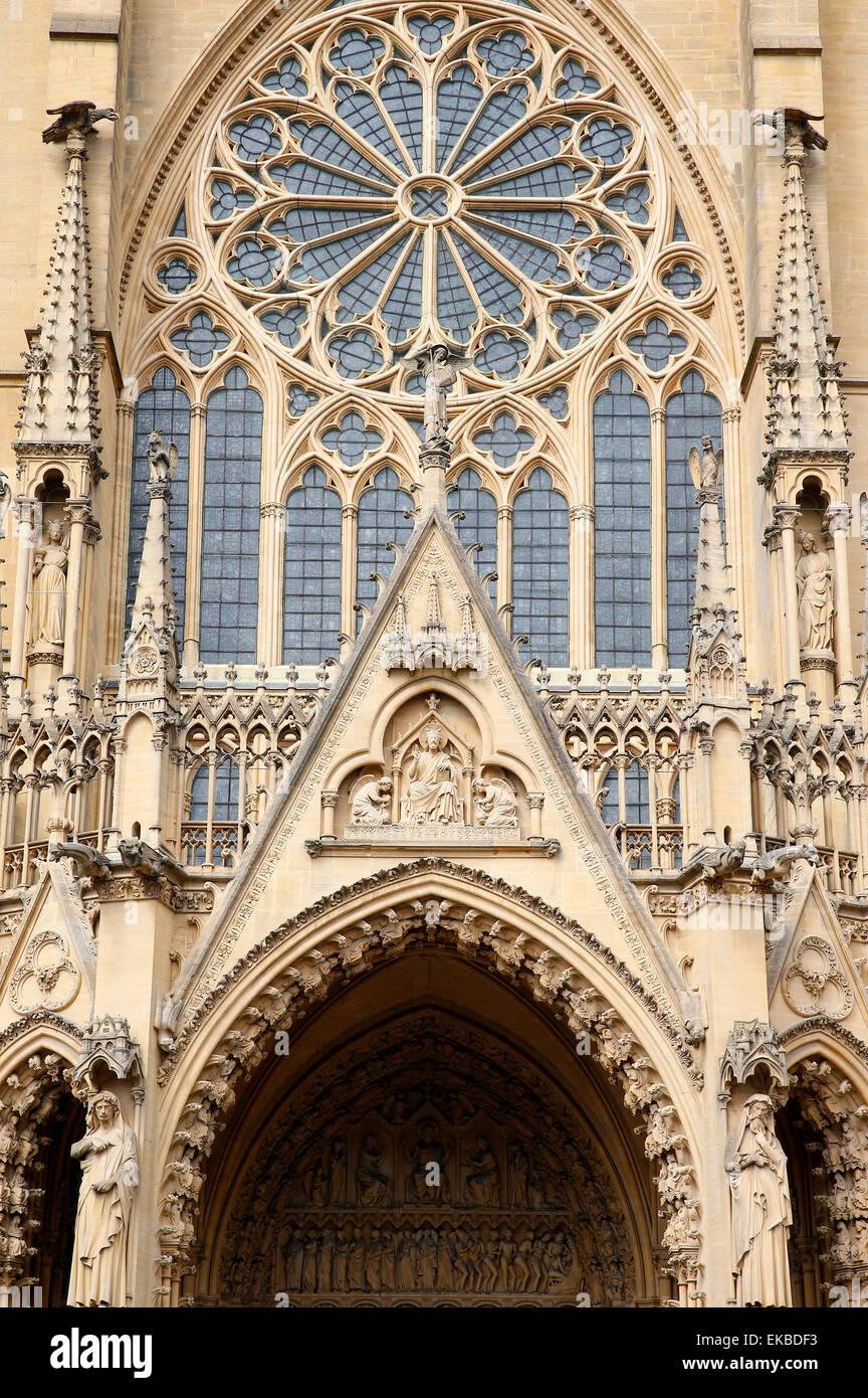 Façade ouest, la Cathédrale de Metz, Metz, Lorraine, France, Europe Photo Stock