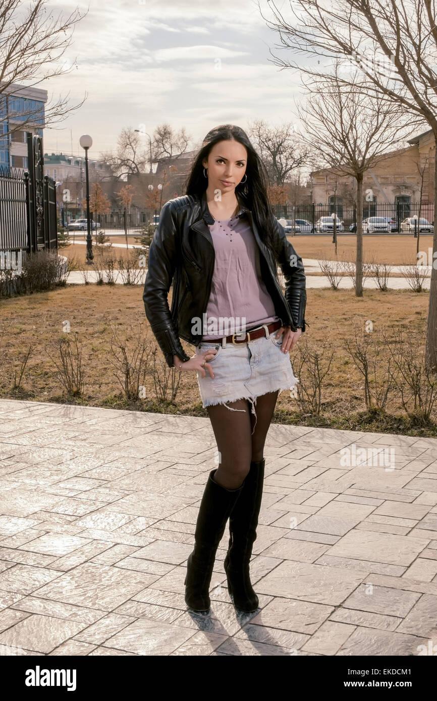 Belles en jupe courteEnsconet en Belles femmes femmes courteEnsconet en Belles jupe femmes jupe F1uc35KJlT
