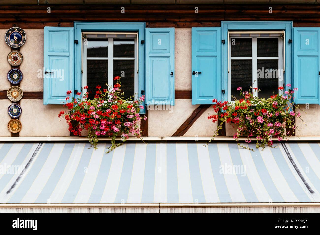 Facade De Maison Alsacienne De Biscuiterie Obernai Alsace France