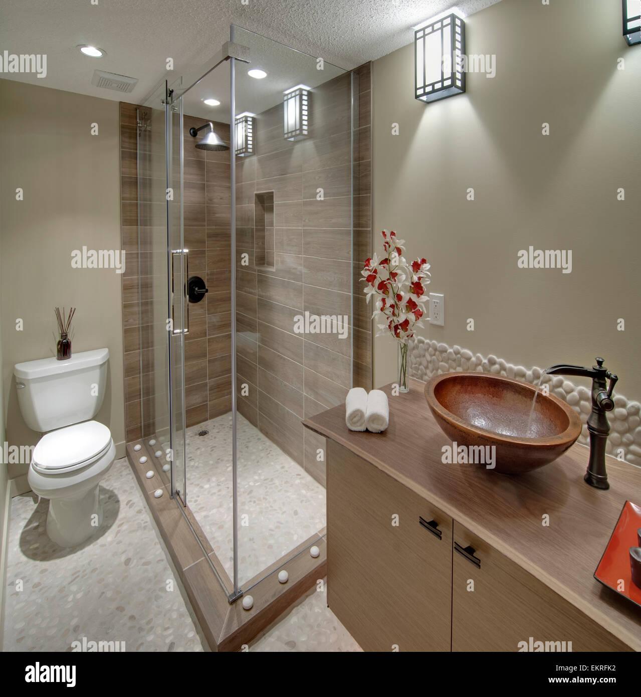 Salle de bains d\'inspiration asiatique contemporain ...