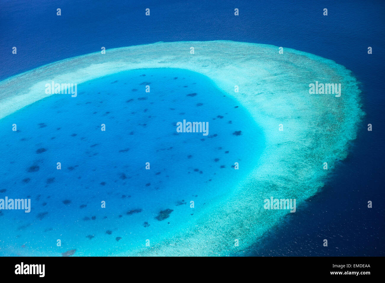 Vue aérienne de l'atoll des Maldives Photo Stock