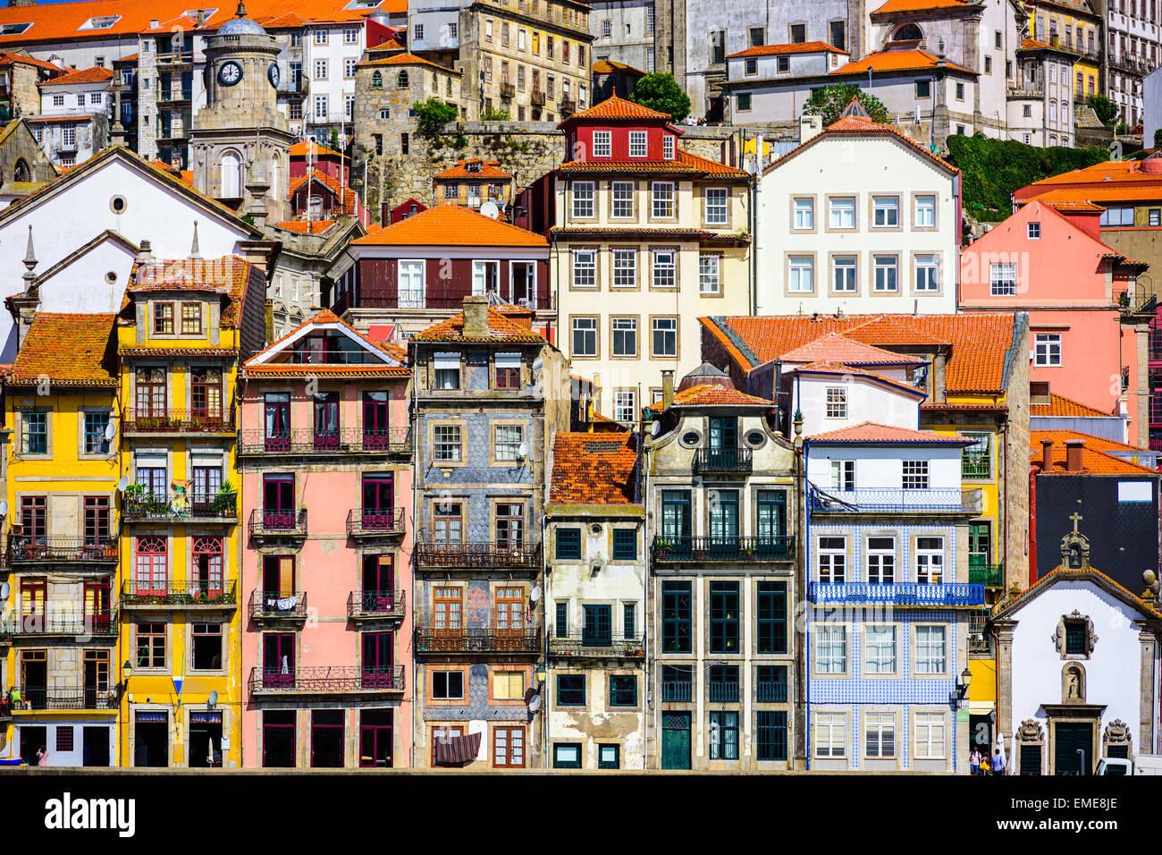 Porto, Portugal les bâtiments anciens. Photo Stock