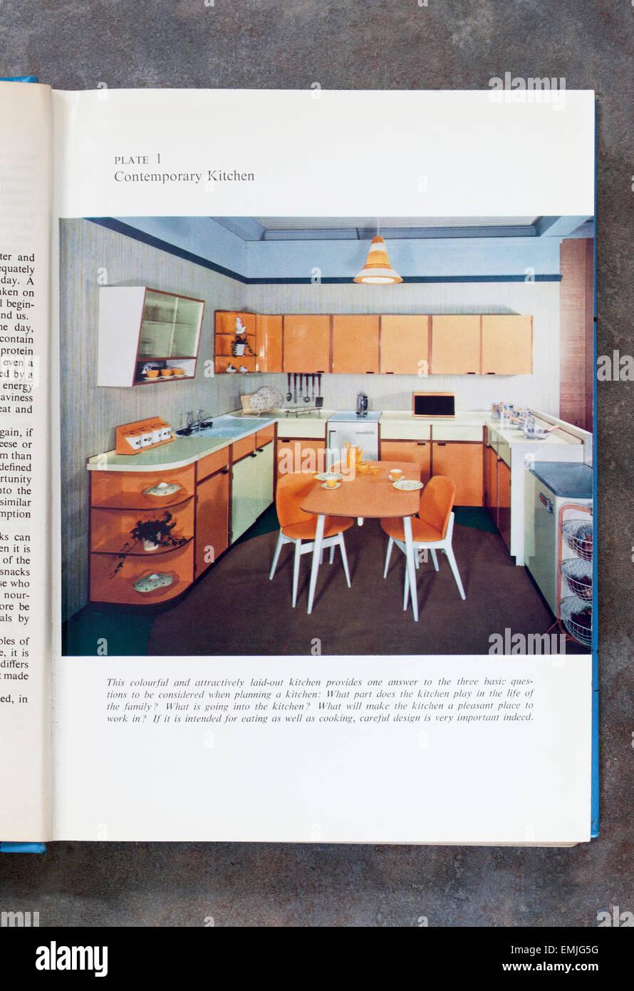 Cuisine contemporaine de Mme Beetons Page Livre de cuisine de tous les jours Photo Stock